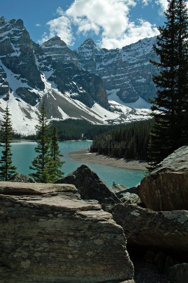 Morraine jeziora, Banff park narodowy, Alberta, Kanada. obraz stock