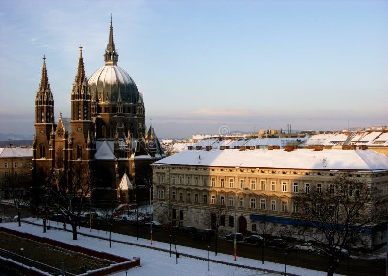 Morre o cerco do vom de Kirche Maria, igreja de Maria Victorious em Wien, Áustria fotos de stock royalty free