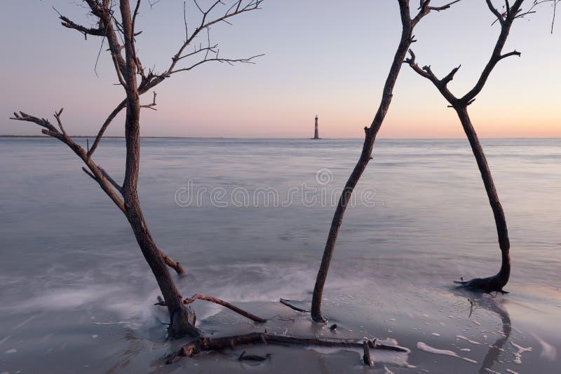 Morris Island Lighthouse en la salida del sol imágenes de archivo libres de regalías