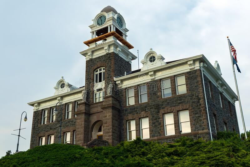 The Morrow County Courthouse Sits on a Hill Overlooking the Town of Heppner, Oregon, USA. Heppner, Oregon - August 1, 2014: The Morrow County Courthouse Sits on stock images