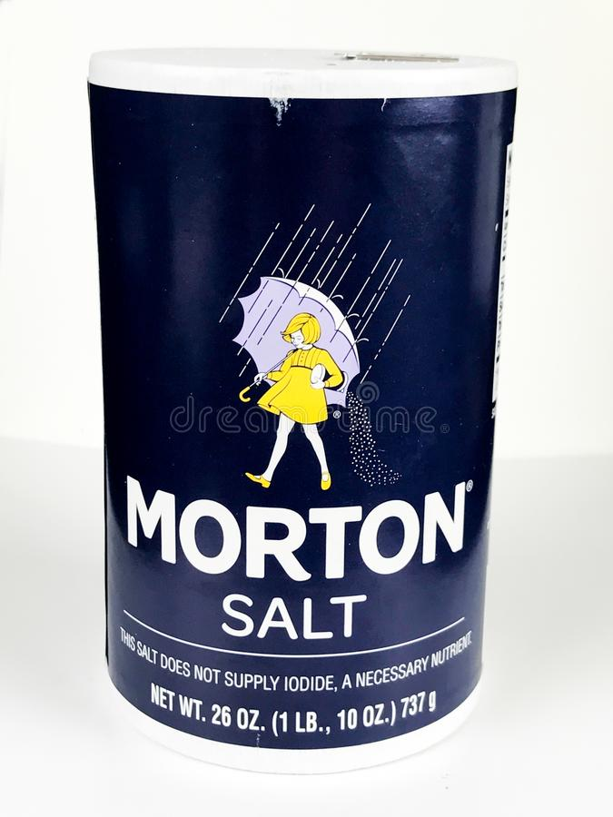 Morton Salt Container auf einem weißen Hintergrund lizenzfreies stockfoto
