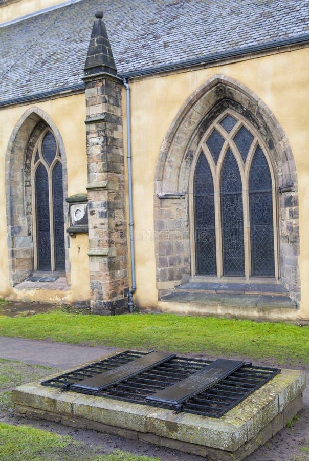 Mortsafe i den Greyfriars kyrkogården i Edinburg royaltyfri foto