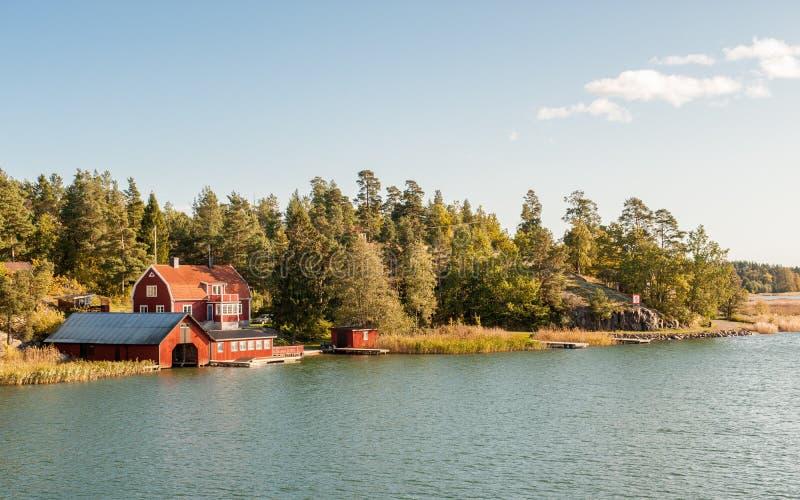 Morza Bałtyckiego wybrzeże w ã-stergötland, Szwecja obrazy stock