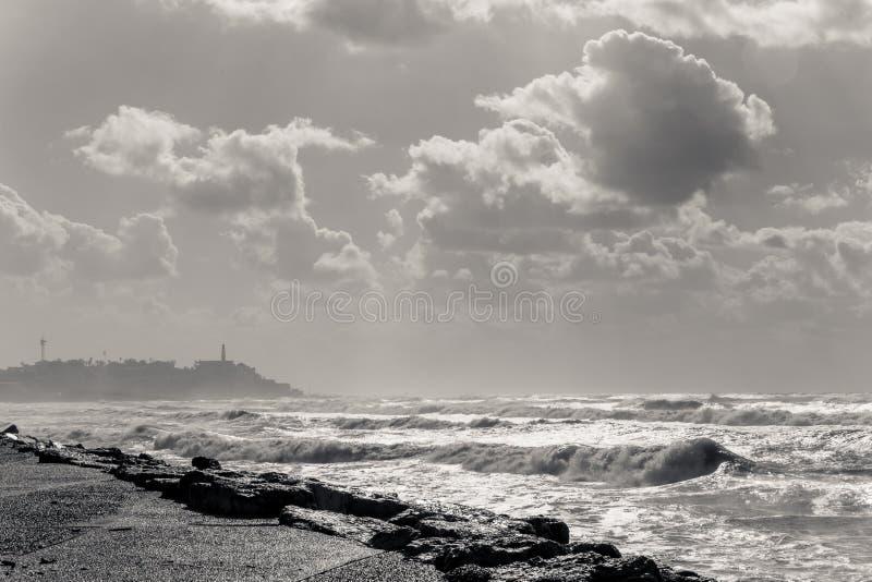 Morze Śródziemnomorskie i Stary miasto Jaffa zdjęcia royalty free