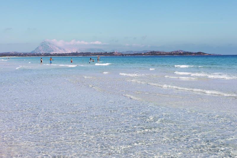 Download Morze Śródziemnomorskie Przy Sardinia Obraz Stock - Obraz złożonej z natura, lato: 42525291