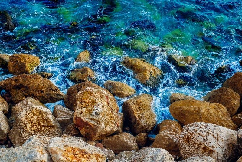 Morze skała brzeg obraz royalty free