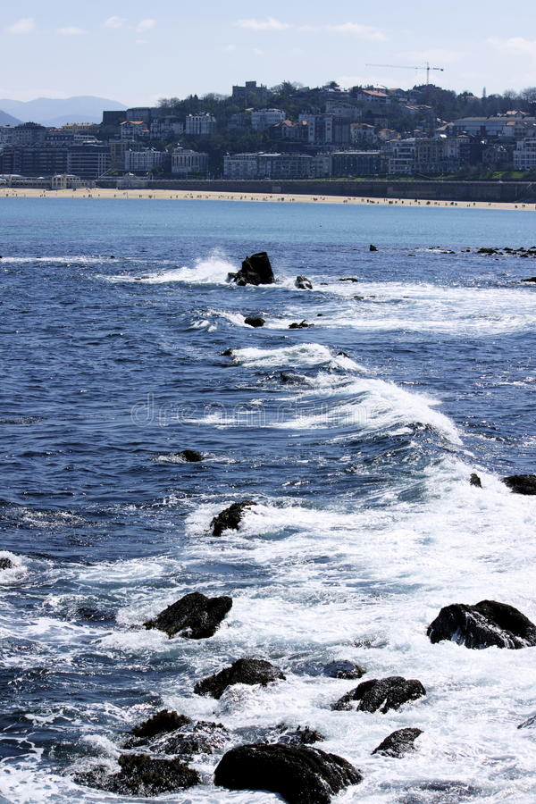 Morze wywiera wpływ na falochronie obrazy royalty free