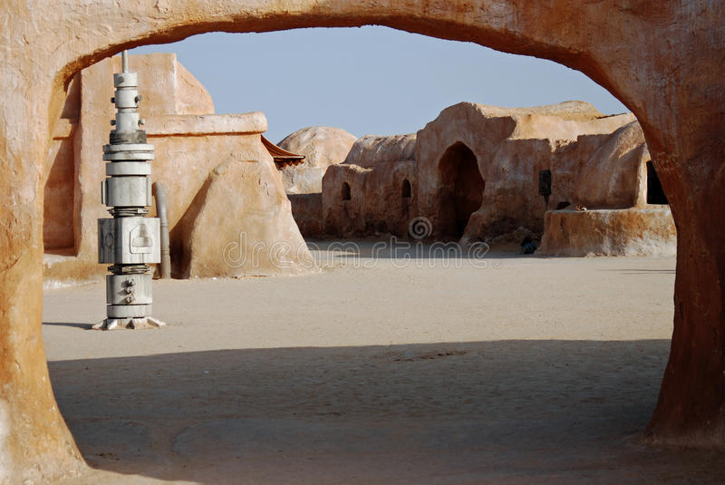 Mos Espa Star Wars-film in Sahara Desert wordt geplaatst die royalty-vrije stock afbeelding