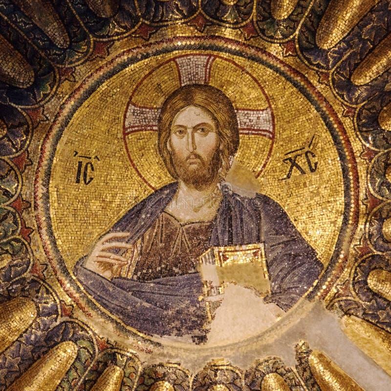 Mosaïque du Christ dans le dôme de l'église de Chora image stock