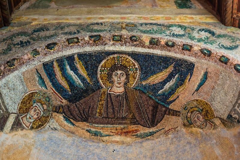 Mosaïque religieuse ancienne sur les murs de la basilique Euphrique, art de la mosaïque byzantine, Porec, site du patrimoine mond image libre de droits
