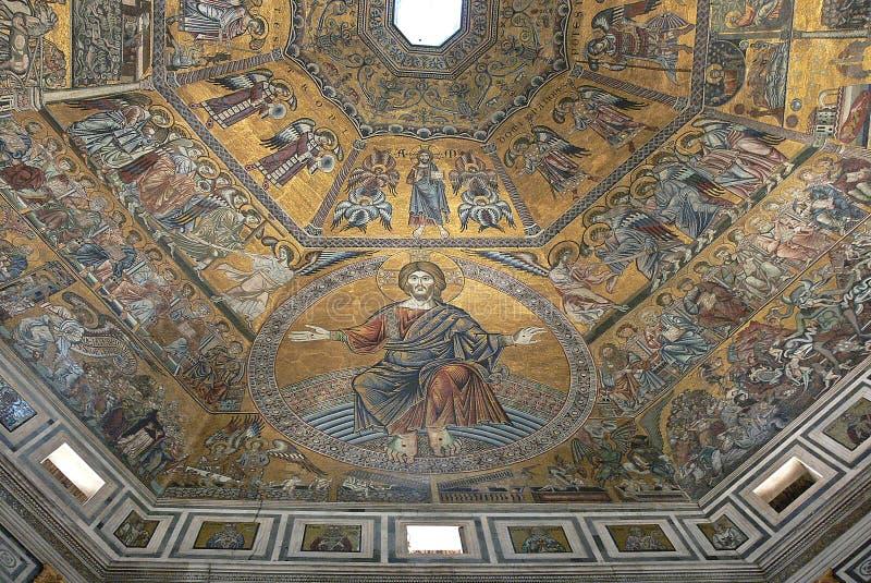 Mosaïques précieuses dans le baptistère de San Giovanni à Florence, Italie image libre de droits