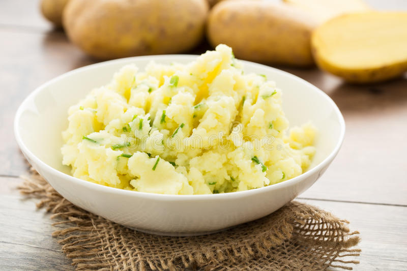 mosade potatisar arkivbild