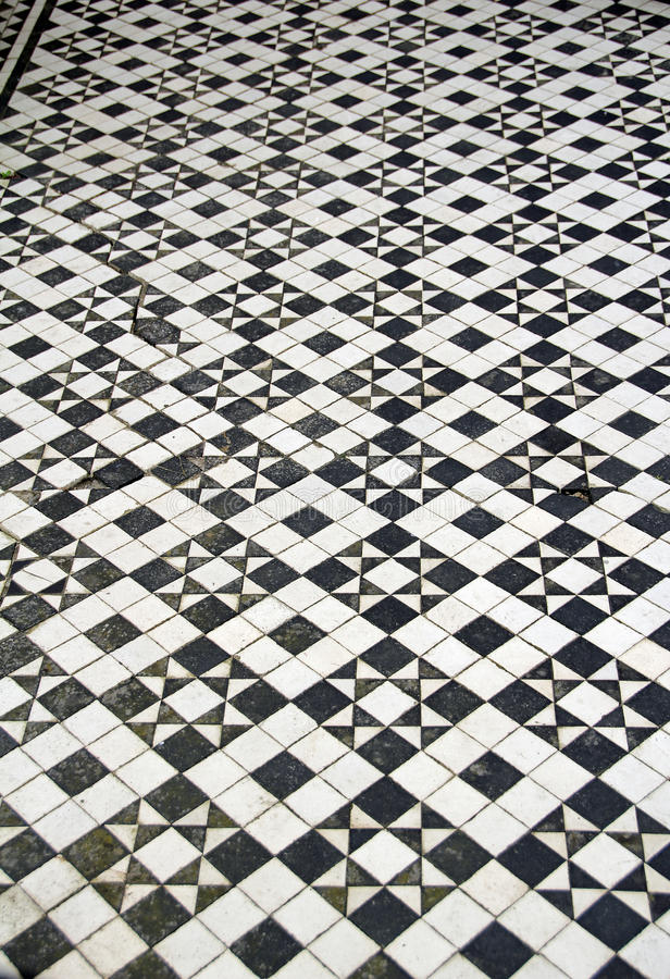 Mosaic floor tiles pattern stock illustration. Illustration of small ...