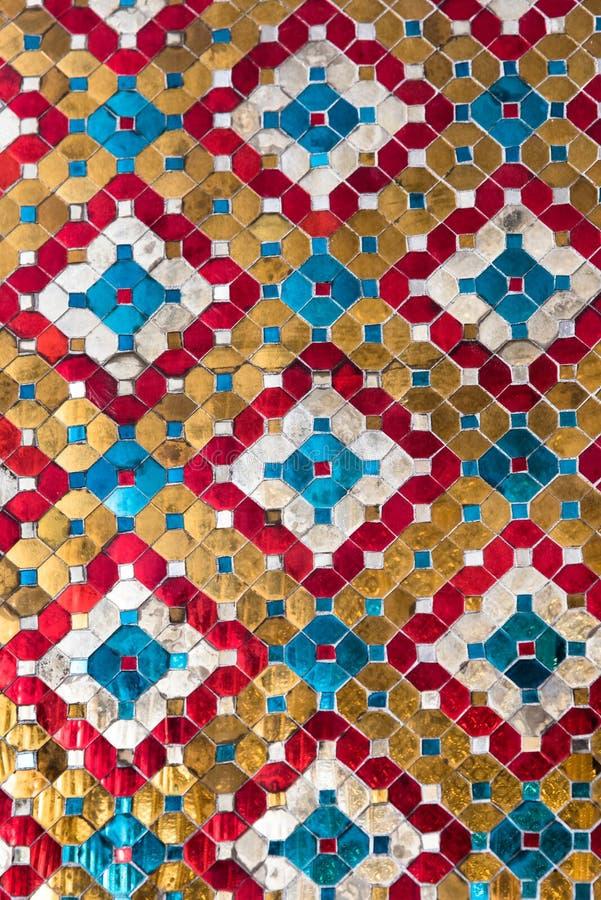 Mosaico antigo das paredes grandes do palácio fotos de stock royalty free
