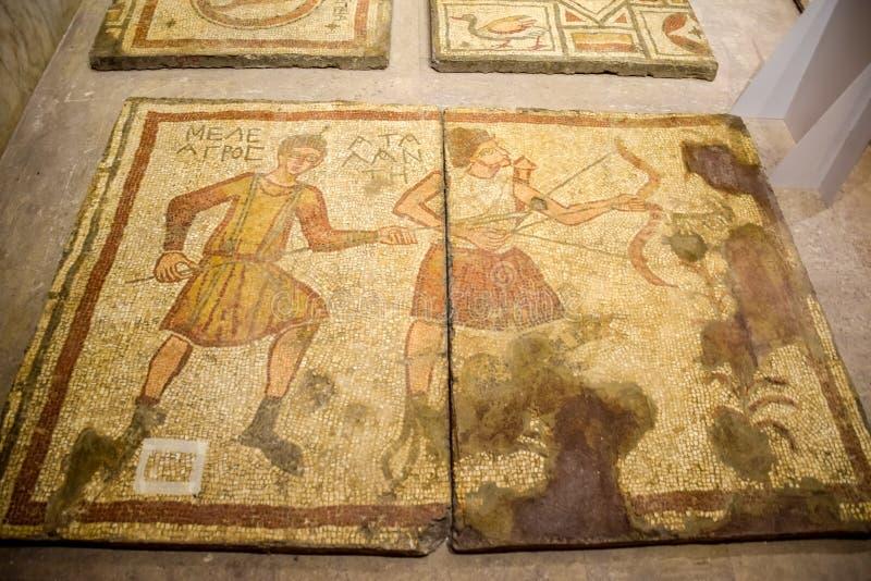 Mosaico antiguo antiguo Imagen de cazar escenas y animales Retratos de la gente imagen de archivo