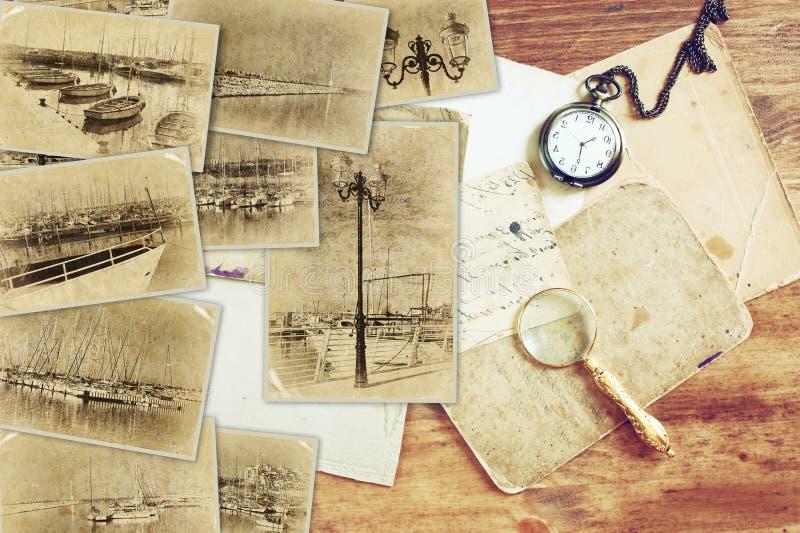 Mosaico con las viejas imágenes mismo del puerto deportivo con los yates collage con la foto del efecto retro y del viejo estilo  imágenes de archivo libres de regalías