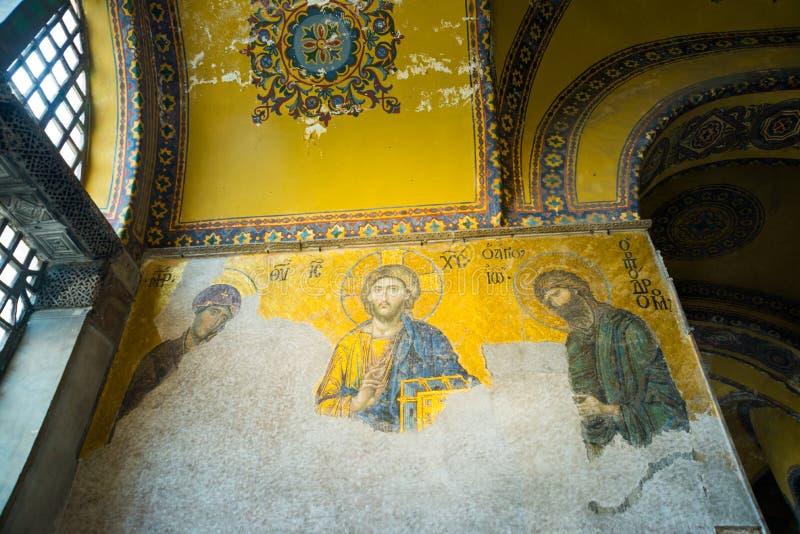 Mosaico da Virgem Maria e o Jesus Christ e os outros Saint na igreja de Hagia Sófia, Istambul, Turquia fotografia de stock royalty free