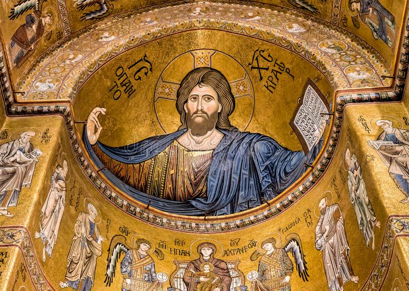 Mosaico de Cristo Pantocrator dentro de la catedral de Monreale foto de archivo libre de regalías