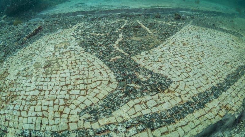 Mosaico decorato in protiro della villa Archeologia subacquea fotografia stock