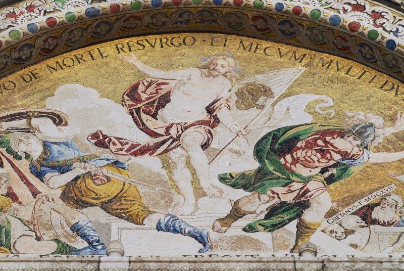 Mosaico di Cristo Victor Resurrection alla basilica di St Mark a Venezia, Italia immagini stock
