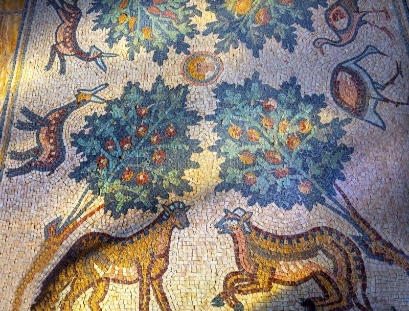 Mosaico John Baptist Greek Orthodox Church Bethany além de Jordânia foto de stock royalty free