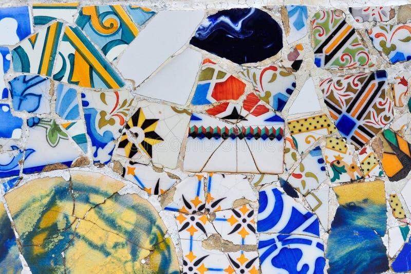 Mosaico moderno nella sosta Gaudi di Guell fotografia stock libera da diritti