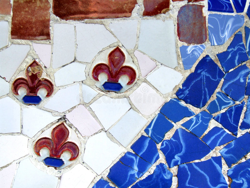 Mosaico ornamentado velho com lírios fotografia de stock royalty free