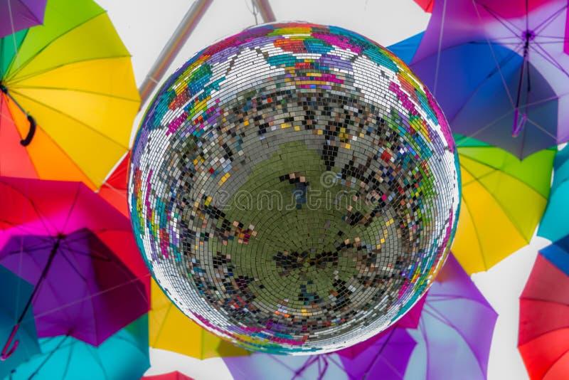 Mosaico reflector de la bola de discoteca fotografía de archivo libre de regalías