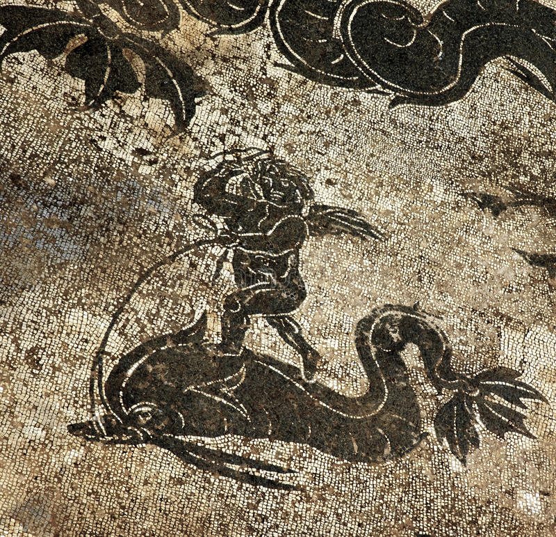 Mosaico romano antiguo Ostia Italia del delfín del Cupid fotografía de archivo libre de regalías