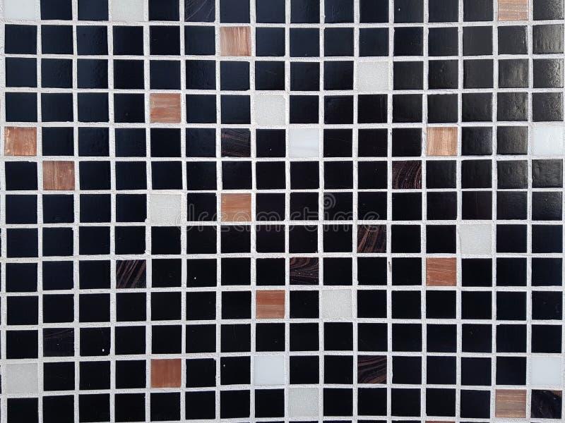 Mosaico tejado en la pared fotografía de archivo libre de regalías