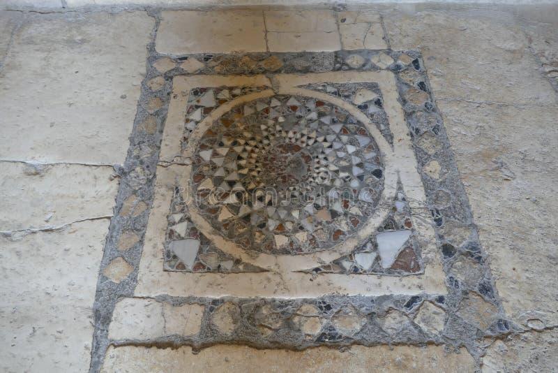 Mosaicos bizantinos no chão da Igreja de São Nicolau fotos de stock royalty free