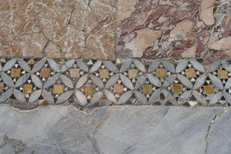 Mosaicos bizantinos no chão da Igreja de São Nicolau imagens de stock royalty free