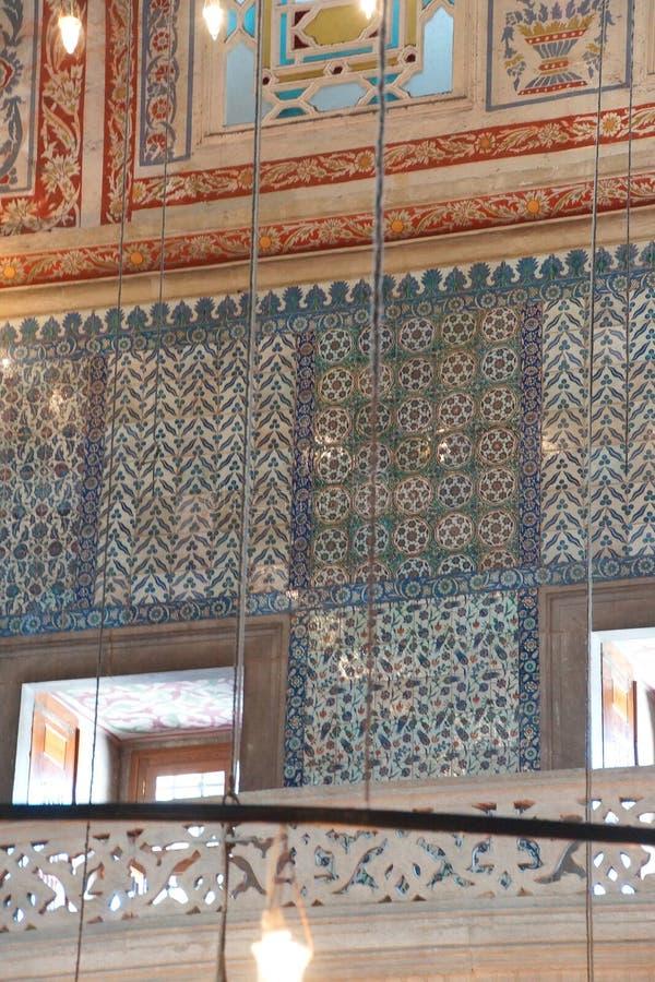 Mosaicos intrincados da mesquita azul fotografia de stock royalty free