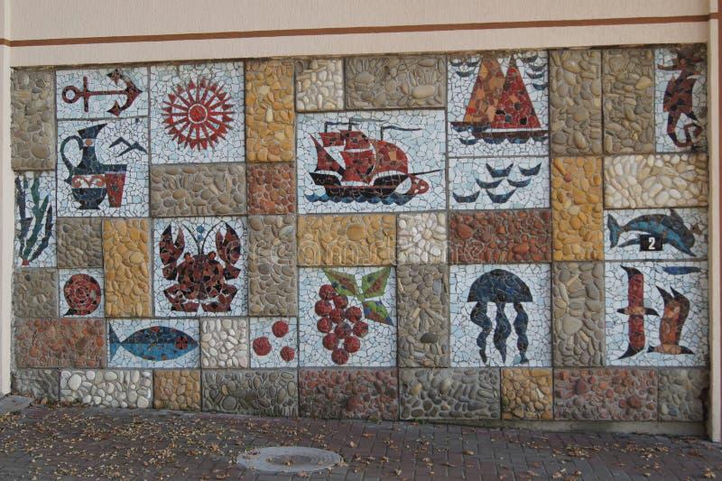 Mosaik auf der Wand unter dem Offenen Himmel lizenzfreies stockbild