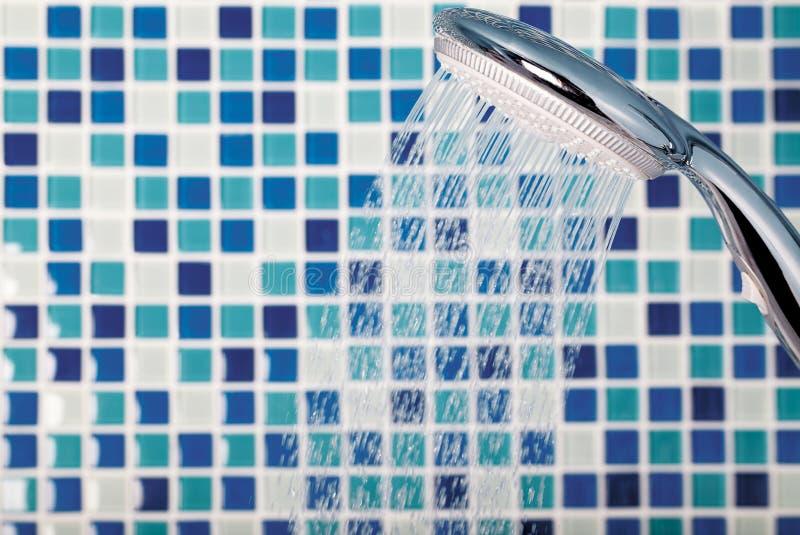 Mosaik im Badezimmer lizenzfreies stockbild