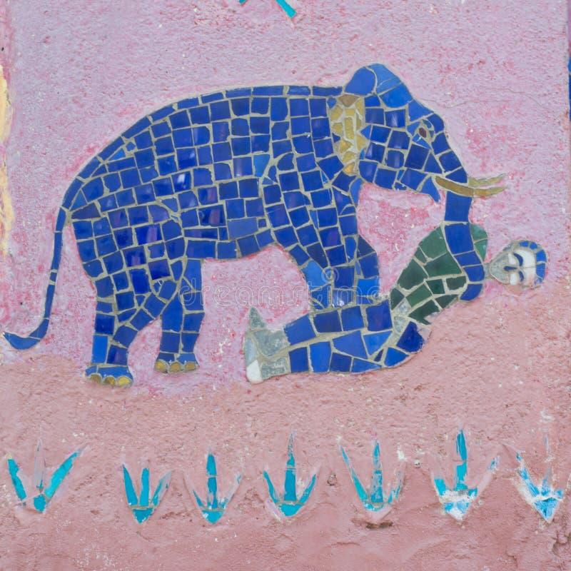 Mosaiken an der roten Kapelle bei Wat Xieng Thong stockbild