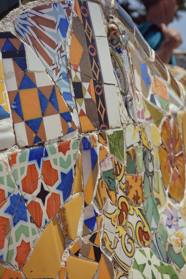 Mosaiken parkerar in Guell royaltyfri foto