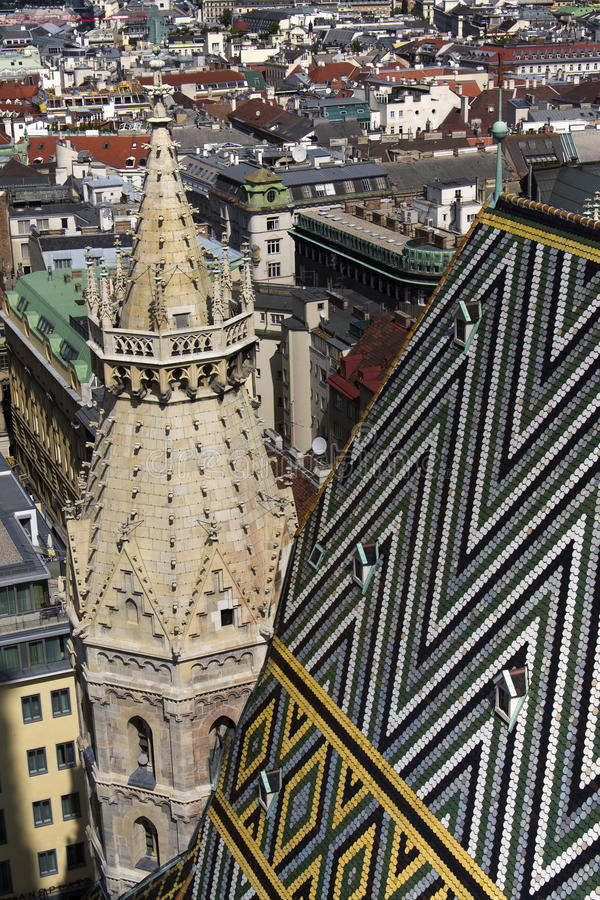Mosaisk takmodell av Sten Stephens Cathedral (Stephansdom) i Wien, Österrike arkivfoto