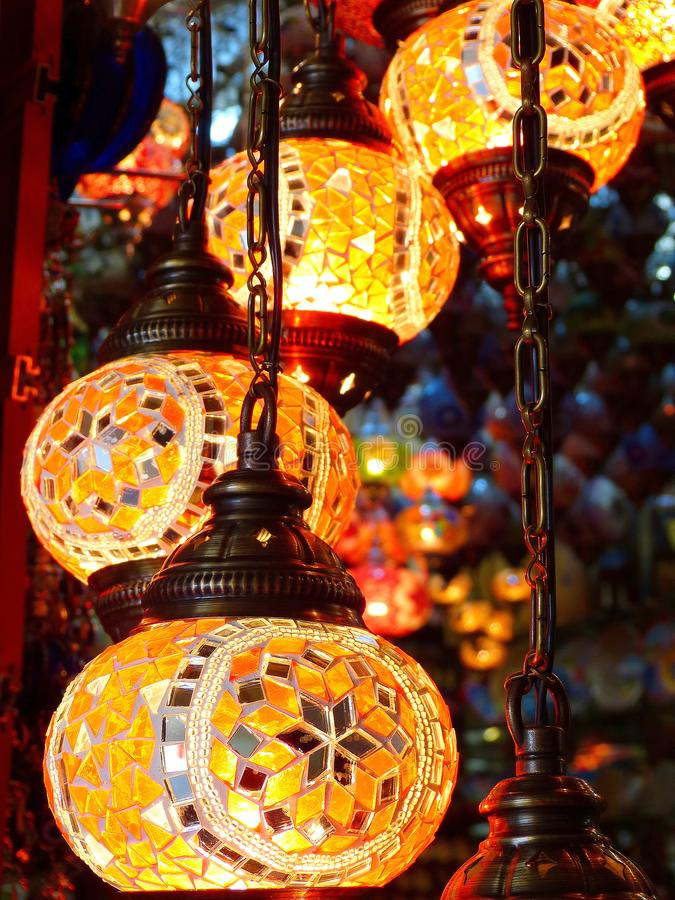 Mosaiska ottomanlampor i Turkiet arkivbilder