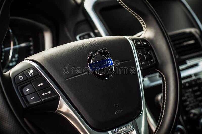 MOSCÚ, RUSIA - 20 de mayo de 2017 ESTRELLA POLAR de VOLVO XC60, opinión del inerior Prueba de la nueva estrella polar de Volvo XC imágenes de archivo libres de regalías