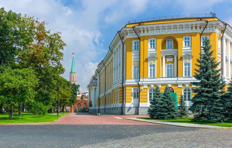Moscú y sus arquitecturas impresionantes y fascinadoras imagen de archivo
