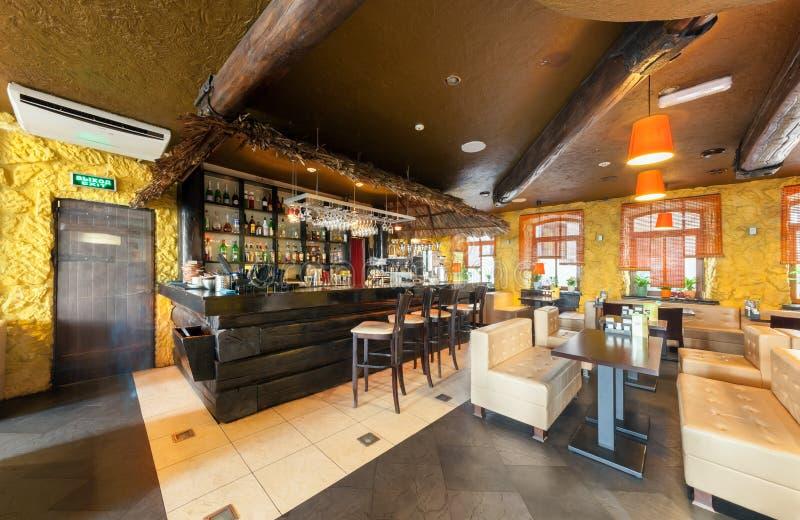 MOSCA - AGOSTO 2014: Interno del ristorante vietnamita fotografia stock libera da diritti