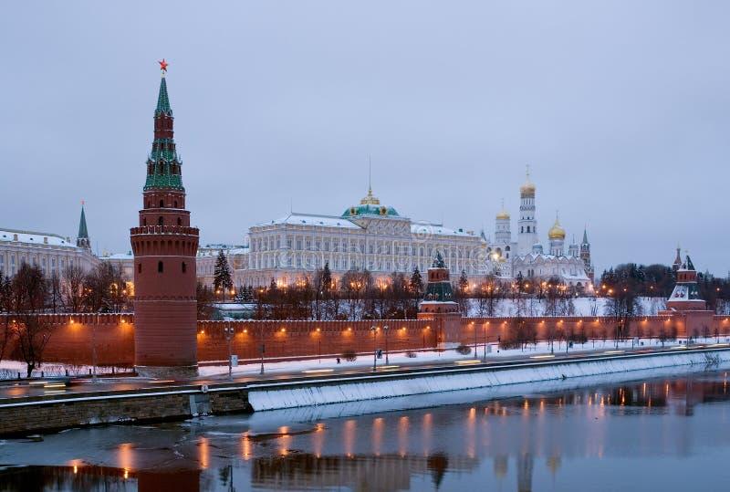 Mosca Kremlin nel gloaming. La Russia immagine stock libera da diritti