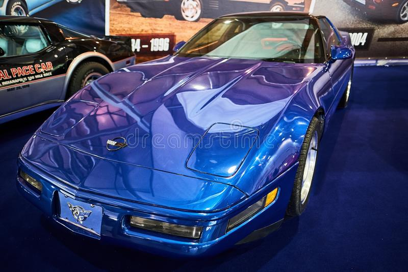 MOSCA - 9 MARZO 2018: Chevrolet Corvette C4 1992 al exhibitio immagini stock