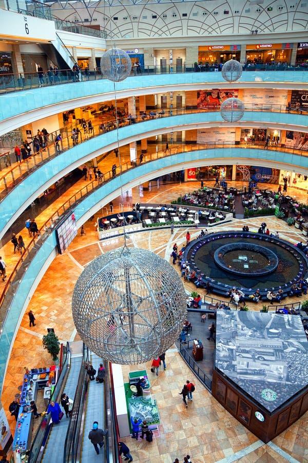 Mosca - 9 marzo: Città di Afimall del centro commerciale Città di Mosca del centro di affari della torre della stanza La Russia,  immagini stock libere da diritti