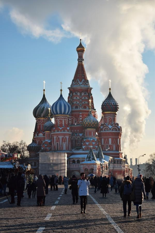 Mosca, Russia - 16 dicembre 2018: La cattedrale del basilico del san in quadrato rosso fotografia stock libera da diritti