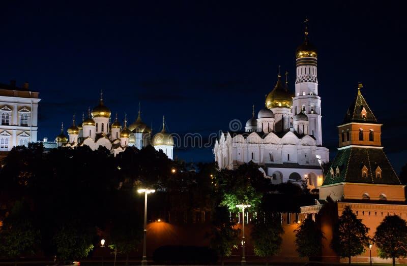 Mosca, Russia Ivan il grande campanile dietro la parete di Cremlino Ponticello della baia a San Francisco, CA immagini stock libere da diritti