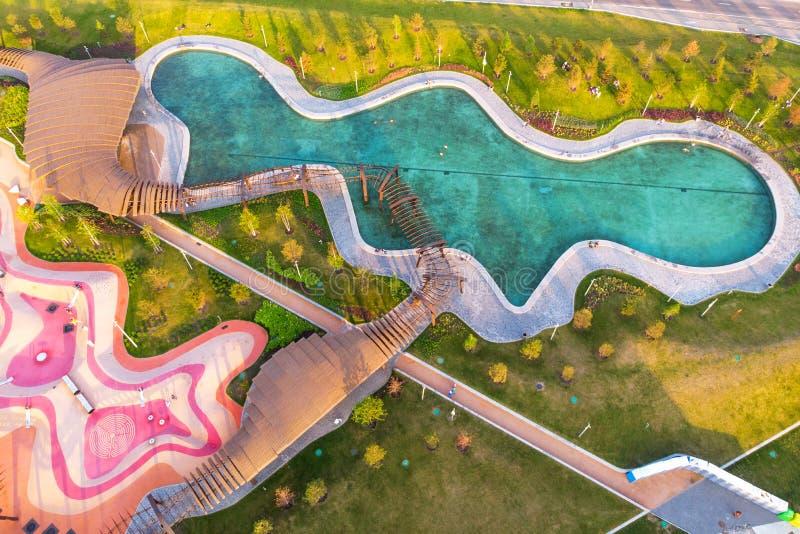 Mosca, Russia - 31 maggio 2019: Vista aerea pittoresca del parco Tiufielieva Roshcha a Mosca, Russia fotografia stock