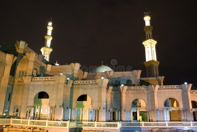 Moschea alla notte immagine stock