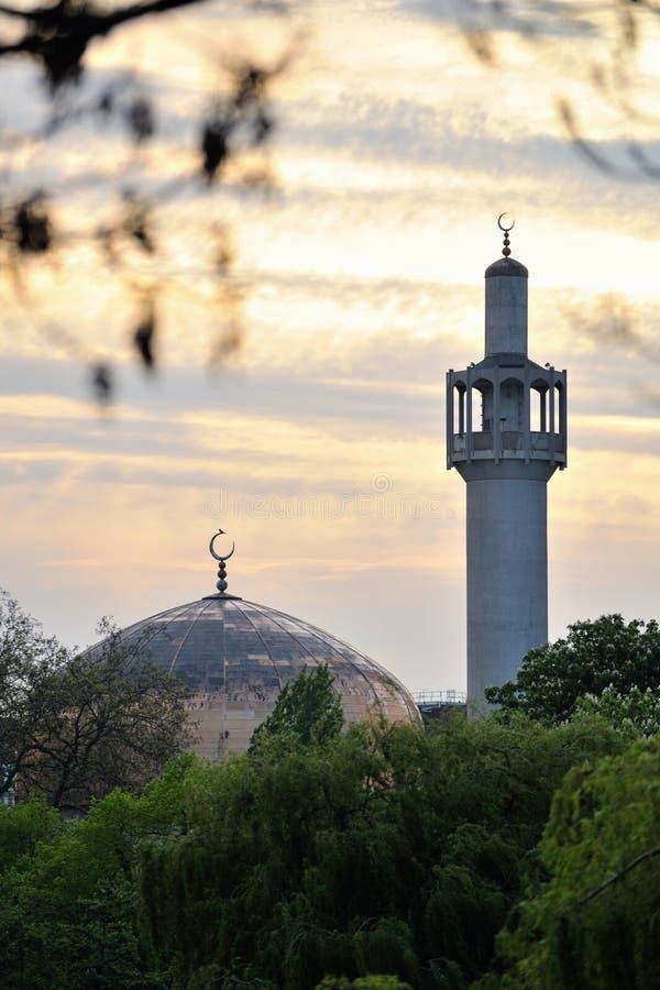 Moschea centrale di Londra (moschea della sosta dei reggenti) fotografie stock libere da diritti